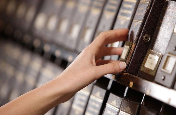 Albo, registro e poi elenco. Ma ora si parla di libretto dell'amministratore di condominio. Cronaca di una storia infinita.