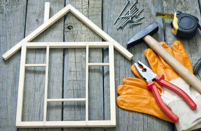 La lista dei lavori in casa che non hanno bisogno di permessi. Il glossario entra in vigore