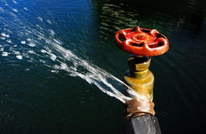 Perdita occulta e malfunzionamento dell'impianto idrico interno. Il condominio deve pagare ugualmente le fatture