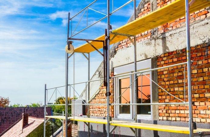 Mancato accesso dovuto alla presenza dei ponteggi installati per i lavori di ristrutturazione: si ha diritto al risarcimento?