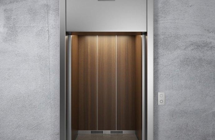 Il condominio risarcisce i danni a causa del malfunzionamento dell'ascensore salvo caso fortuito.