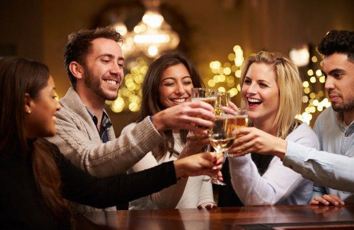 Ragioni di decoro, igiene e di tranquillità bloccano l'apertura del bar in condominio