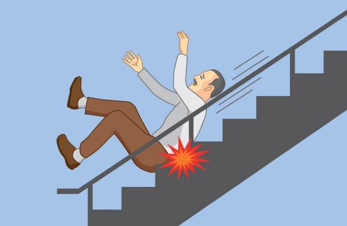 Spegnimento improvviso delle luci temporizzate e caduta dalle scale condominiali. Quando si esclude la responsabilità oggettiva del condominio?