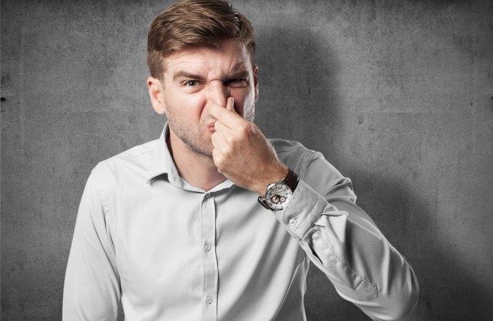 Cattivi odori in condominio. In arrivo una proposta di legge contro le molestie olfattive