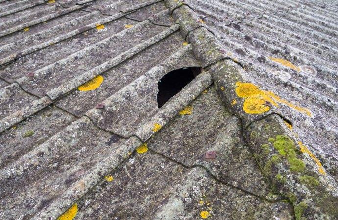 Con quali maggioranze l'assemblea di condominio deve deliberare lo smaltimento di amianto?