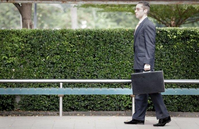 L'amministratore di condominio non può recuperare il proprio credito in pendenza del mandato se non chiedendo la nomina di un curatore speciale
