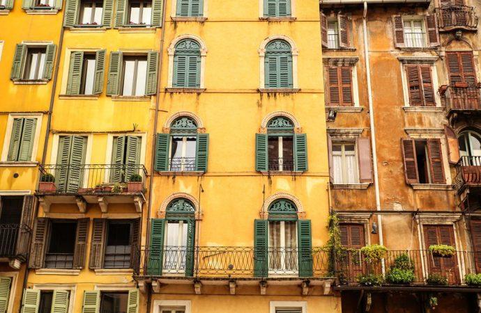 Regolamento dell'edificio di un unico proprietario e regolamento condominiale