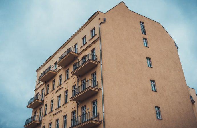 L'amministratore in carica, se pur in precedenza revocato, può riscuotere le quote condominiali fino alla sua sostituzione.