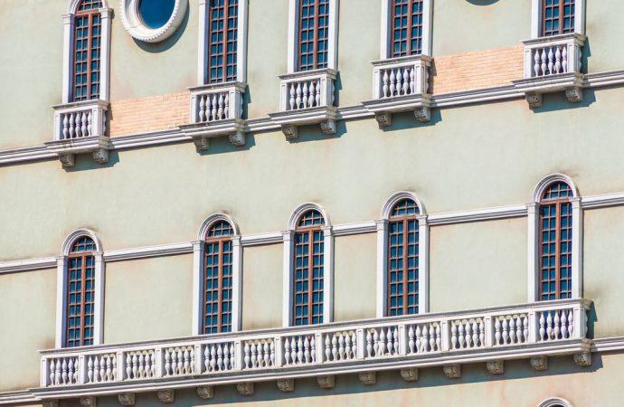 Il creditore può agire esecutivamente sui beni del condominio nelle forme dell'espropriazione dei crediti presso terzi?