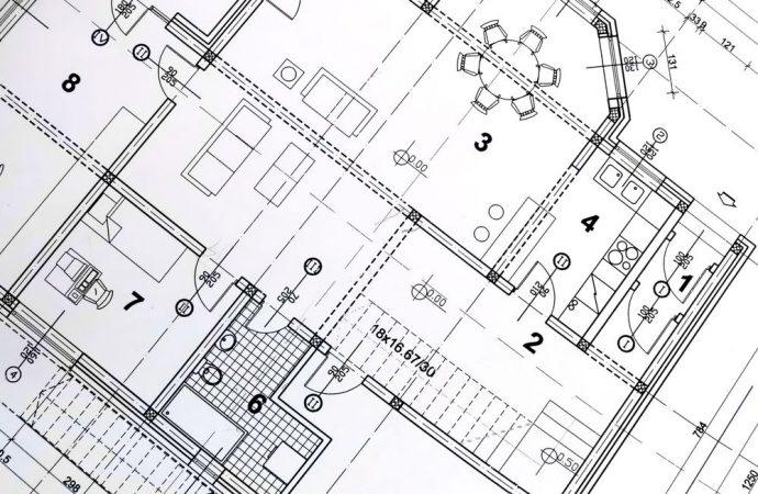 Il vano tecnico condominiale, realizzato coevamente all'edificio, non richiede il titolo edilizio e pertanto non può essere abusivo