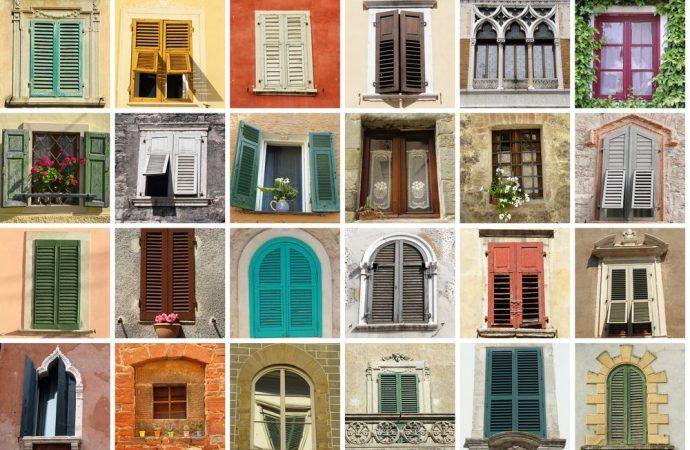 Persiane diverso colore e decoro architettonico dell'edificio