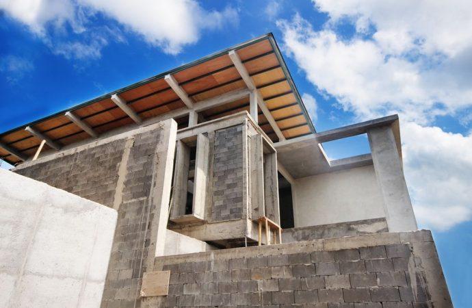 Spetta a tutti i condomini la manutenzione del tetto dell'atrio comune