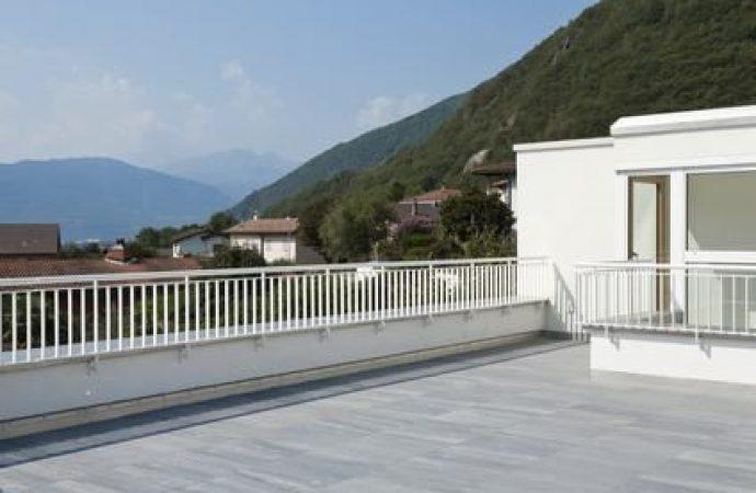 Accesso alla terrazza condominiale. I poteri dell'assemblea tra tutela della sicurezza e utilizzo del bene comune