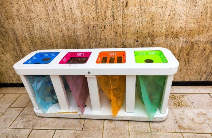 Errato conferimento dei rifiuti: l'amministratore di condominio ottiene l'annullamento della sanzione