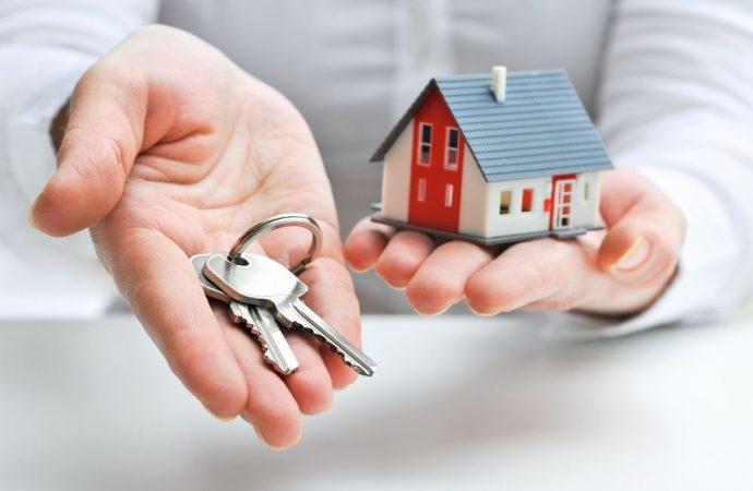 Siamo sicuri che l'agente immobiliare potrà esercitare anche l'attività di amministratore del condominio?