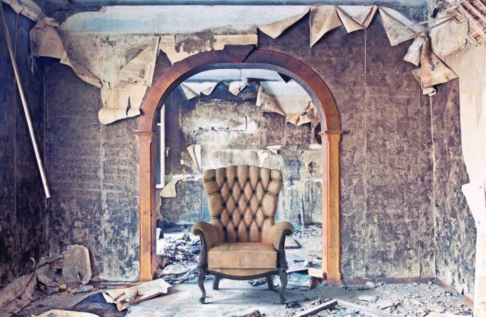 La restituzione della cosa locata in stato di usura al momento della riconsegna legittima il risarcimento del danno