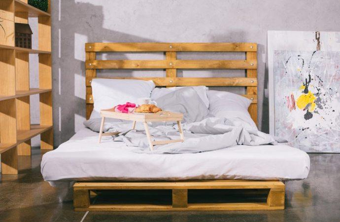 Bed and breakfast. Locatore e conduttore condannati a pagare 50 euro per ogni giorno di prosecuzione dell'attività non consentita dal regolamento di condominio