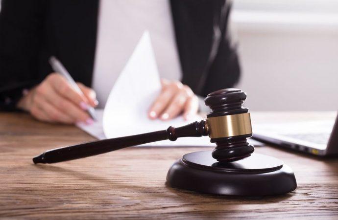 Procura alle liti: l'amministratore di condominio è legittimato a conferirla anche senza la preventiva autorizzazione dell'assemblea