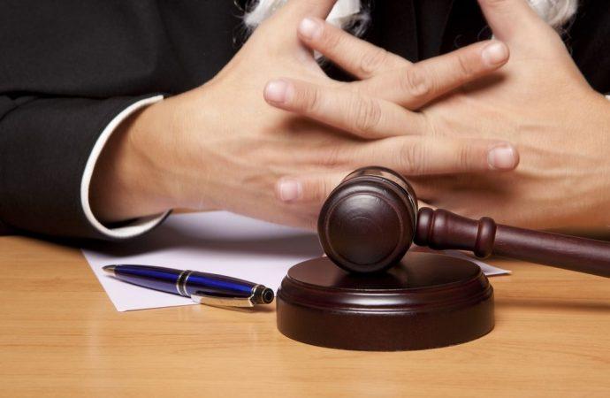 La sostituzione dell'amministratore di condominio costituisce motivo di interruzione del giudizio?
