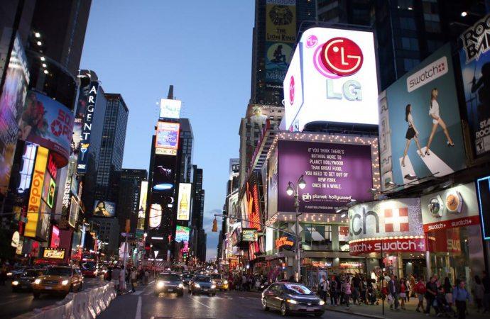 Installazione di pannelli pubblicitari sul lastrico solare del condominio: quando l'assemblea può opporsi?