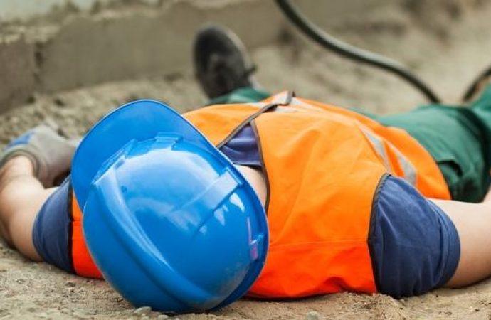 Morte dell'operaio. Risponde per omicidio colposo il capo condomino committente dei lavori