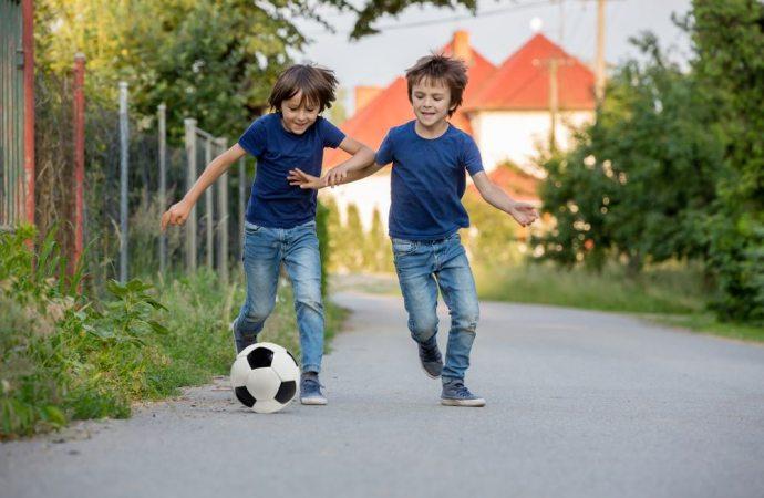 Regolamento di condominio e divieto del gioco del pallone negli spazi comuni