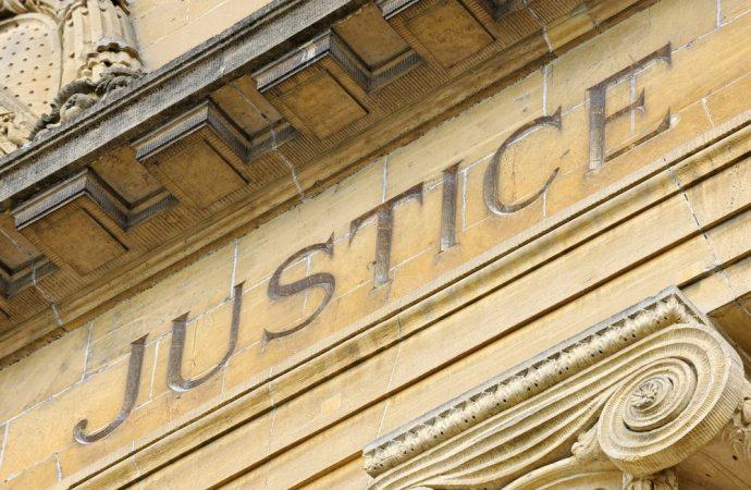Ruoli diversi, strade diverse: prerogative e procedure per la nomina giudiziale dell'amministratore di condominio