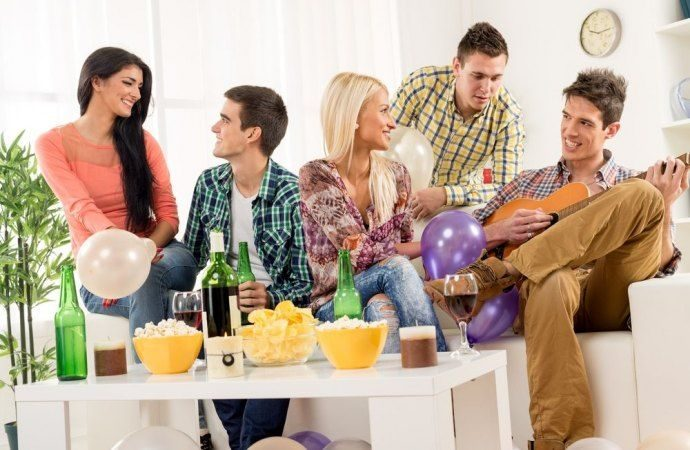 Feste in condominio: i possibili rischi legali