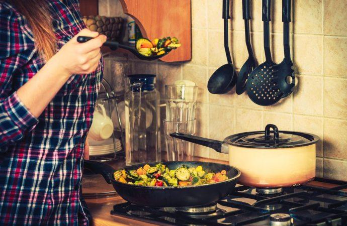 In che modo ci si può difendere dagli odori sgradevoli nel condominio?