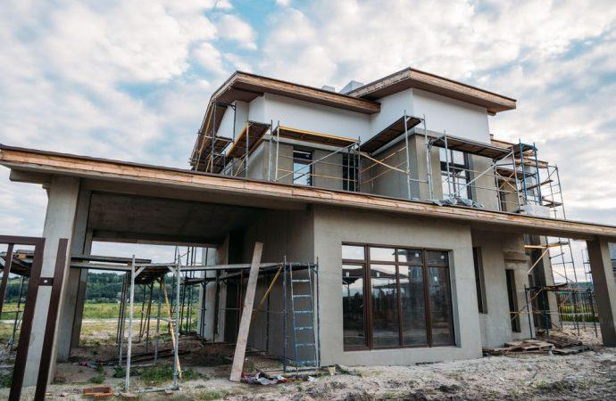 Per il preliminare di un immobile in costruzione serve il notaio