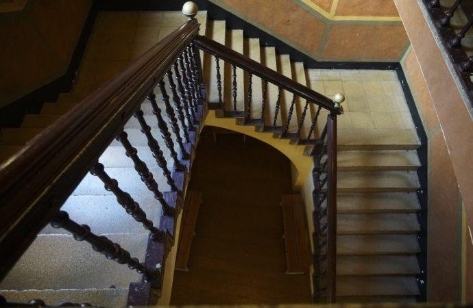 È la funzione a determinare la proprietà delle scale