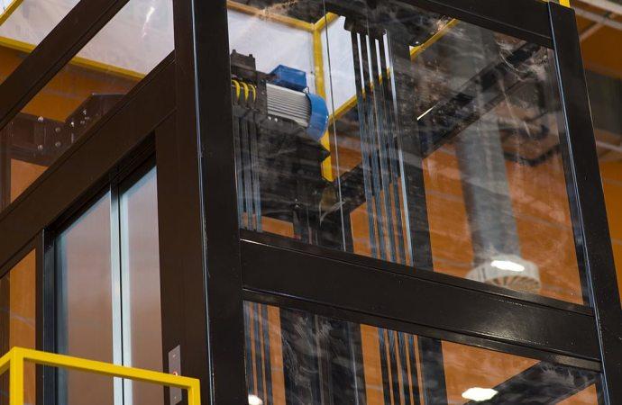 Convertito in Legge il D.L. Semplificazioni, più facile l'installazione di ascensori in condominio