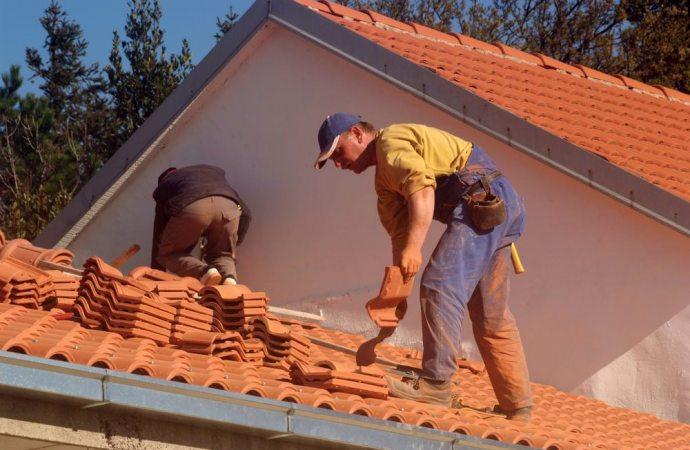Rifacimento del tetto costituito da due corpi distinti: devono essere convocati solo i condomini sottostanti