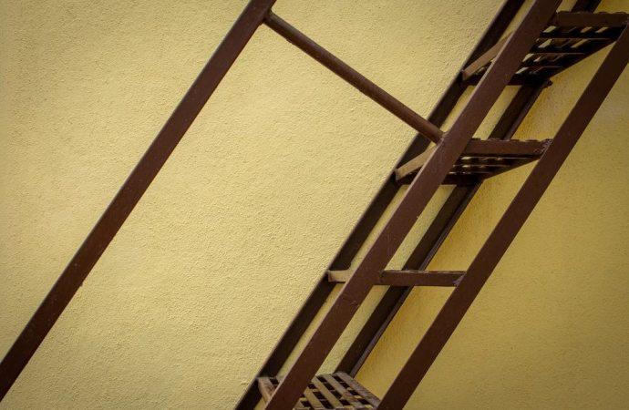 Decoro architettonico: quando l'opera è modesta e non visibile
