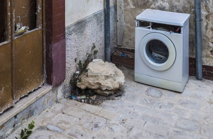 Si può mettere la lavatrice sul balcone?