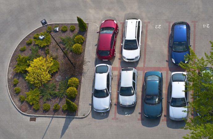 Turnazione parcheggio, se un condomino non vuole osservare la delibera, cosa fare?