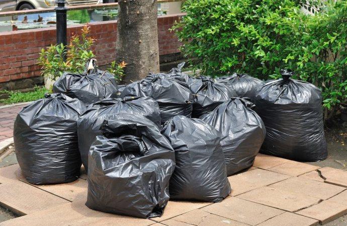 Abbandono rifiuti in condominio, quali conseguenze?