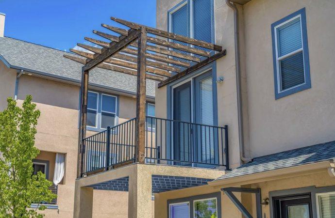Decoro architettonico, anche i singoli condòmini possono agire per la tutela