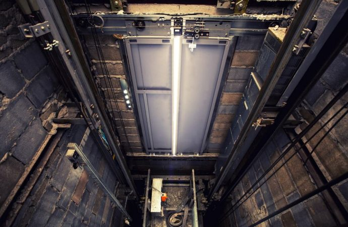 Manutenzione ascensore, quale criterio applicare?