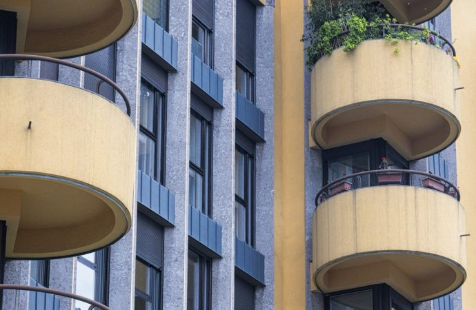 Parapetti del terrazzo, quali criteri di riparto si applicano?