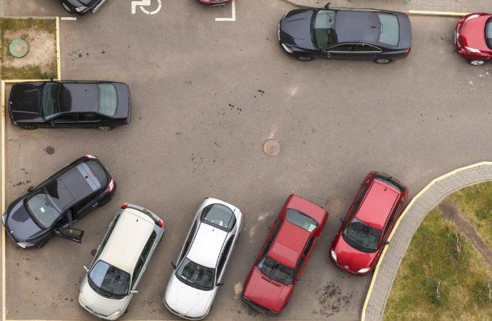 Parcheggi condominiali e poteri giudiziali dell'amministratore
