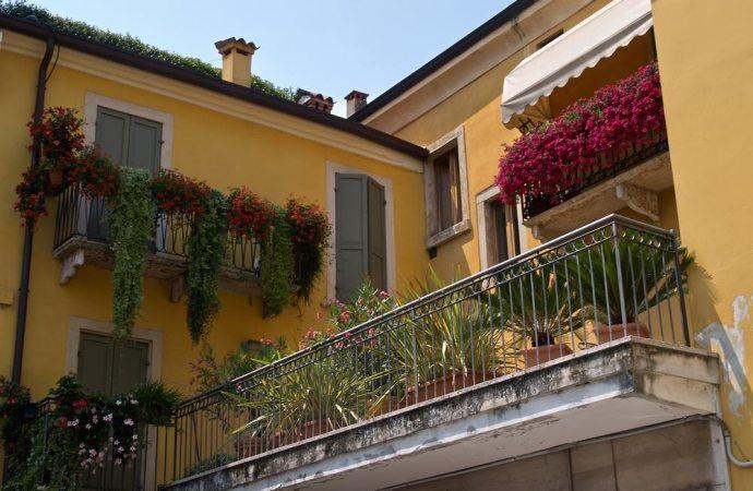 Quante polizze assicurative per un condominio parziale? Un caso concreto