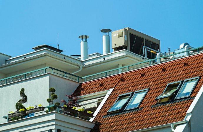 La canna fumaria rimane bene comune anche se non usata e anche se è stato eliminato l'impianto centralizzato di riscaldamento
