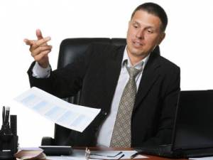 Chi amministra il condominio in caso di revoca dell'amministratore?
