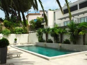 Deliberazione della costruzione di una piscina condominiale quali sono le maggioranze necessarie - Costo di una piscina ...