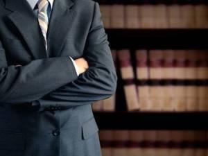 Amministratore di condominio revocato: quali sono i suoi poteri fino alla nomina del suo successore?