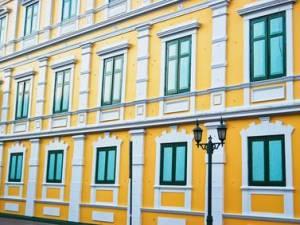 Gli elementi decorativi di un condominio parziale sono comuni a tutti