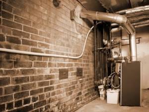 Distacco dal centralizzato o sostituzione della caldaia solo con obbligo di scarico dei fumi sul tetto