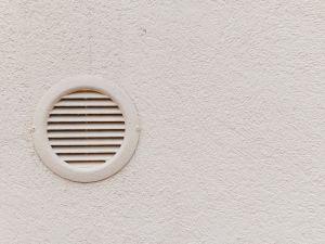 La canna fumaria in condominio norme distanze e decoro for Detrazione fiscale caldaia a condensazione 2017